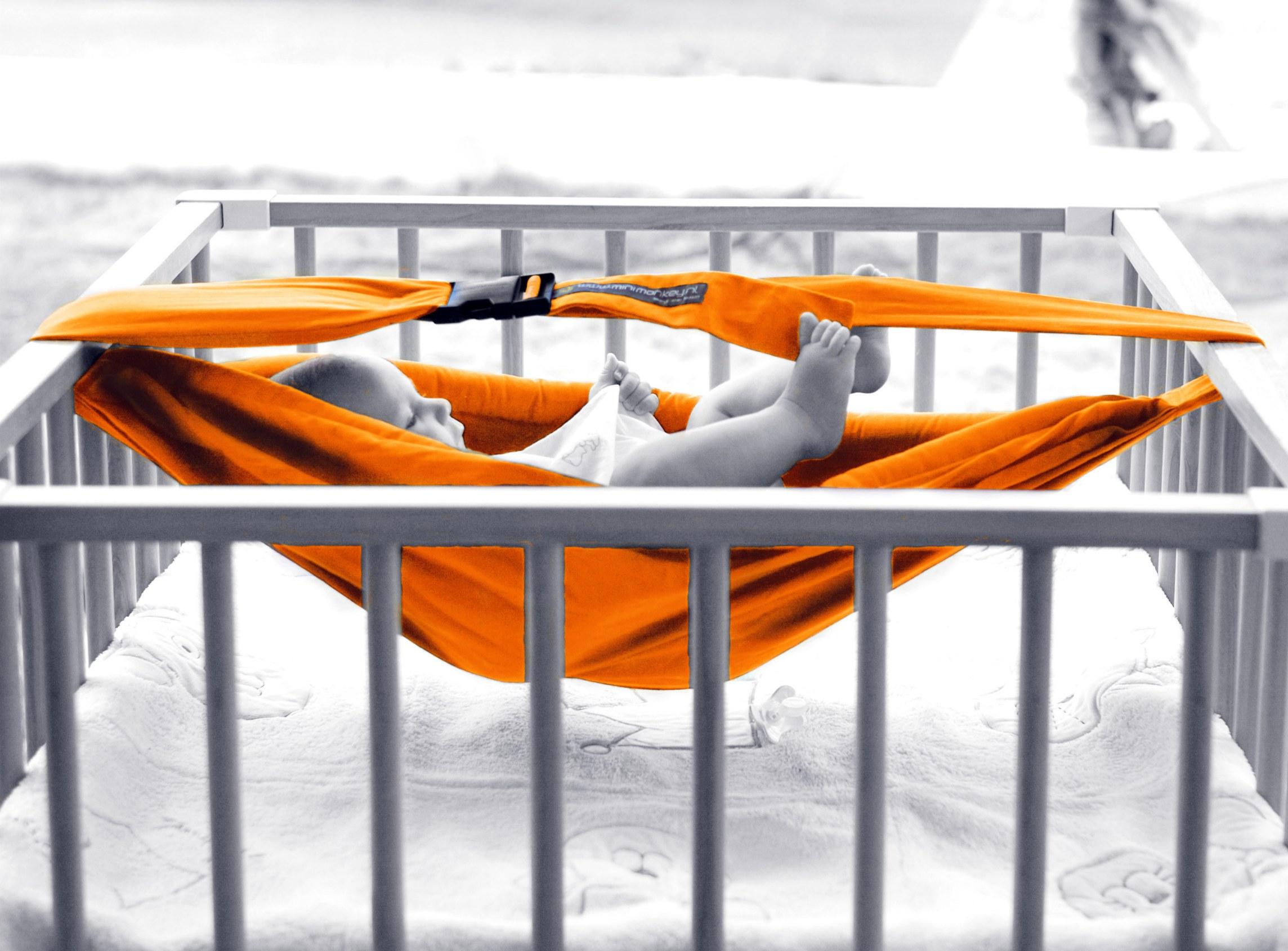 367_hammock-orange