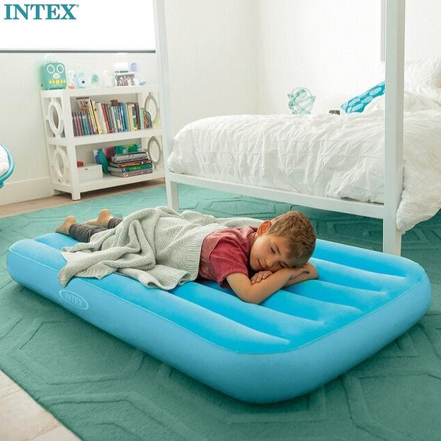 Uppblåsbar resesäng för barn Intex resemadrass blå