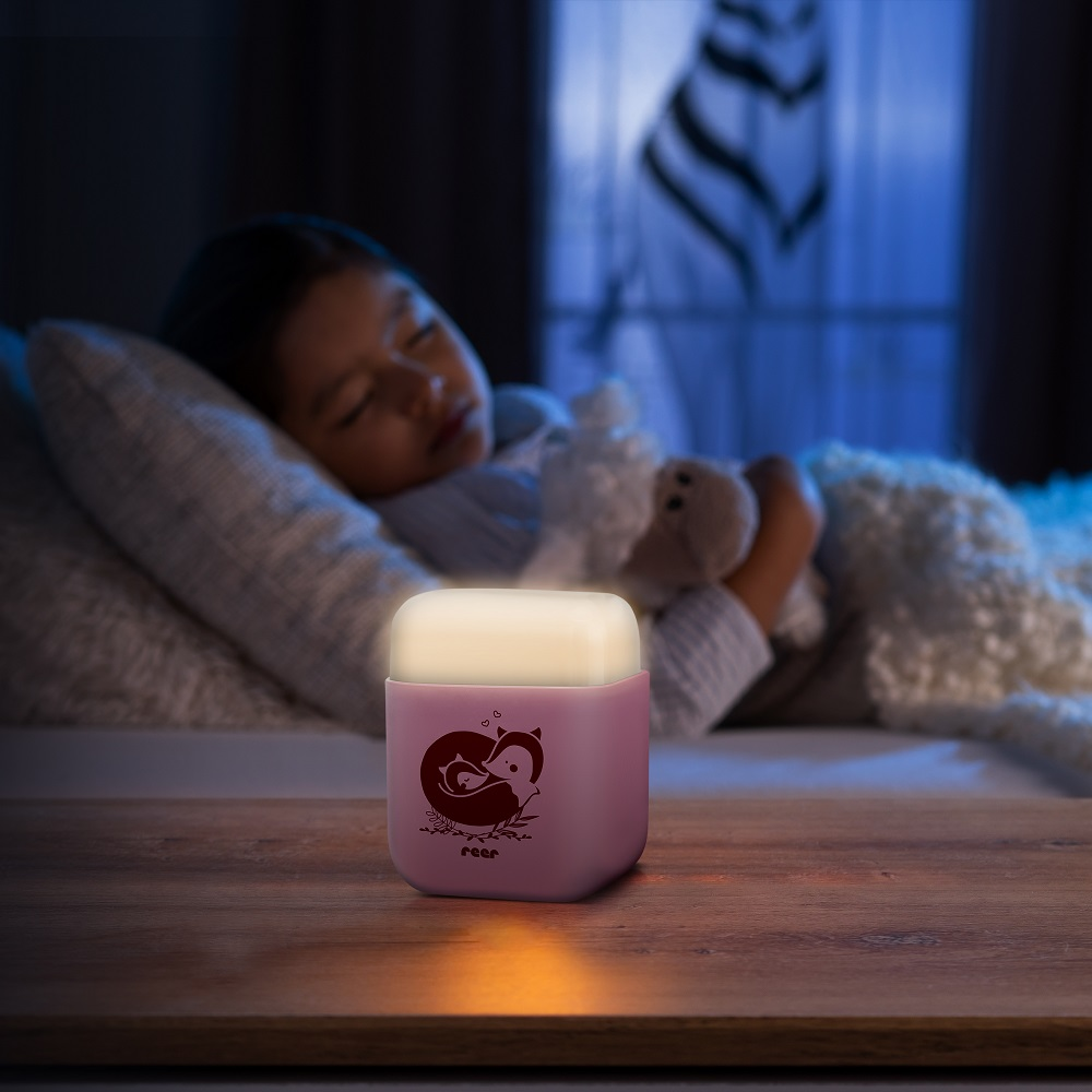 Nattlampa barn Reer rosa kub